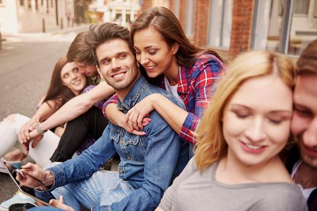 Internet Sans Fil Nous Aide à Passer Du Temps Photo gratuit