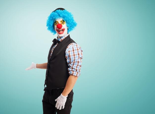 Invitant clown pour entrer Photo gratuit