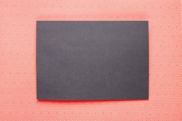 Invitation noire avec fond orange Photo gratuit