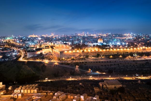Jérusalem ville de nuit Photo Premium
