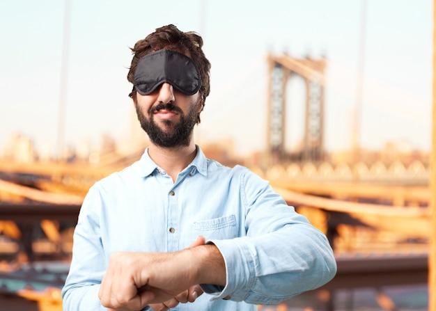 Jeune homme d'affaires heureuse expression Photo gratuit