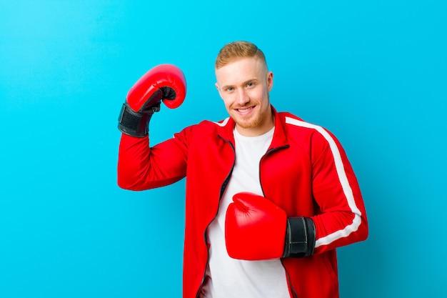 Jeune Homme Blond Portant Des Vêtements De Sport Photo Premium