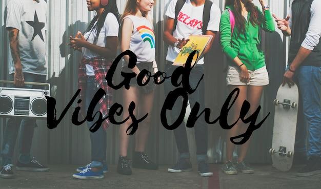 Jeunes adolescents hipster entertainment young Photo gratuit
