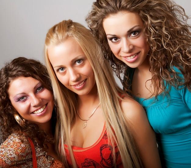 Jeunes Mannequins En Robe Colorée Photo Premium