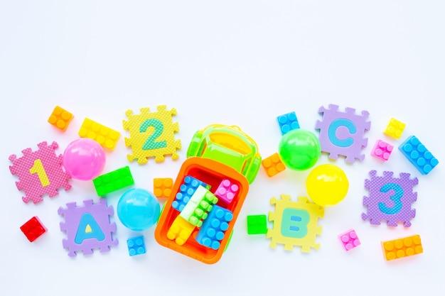 Jouets colorés pour enfants Photo Premium
