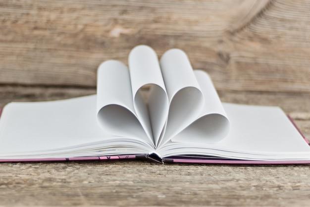 Journée mondiale du livre. concept d'école et d'éducation Photo Premium