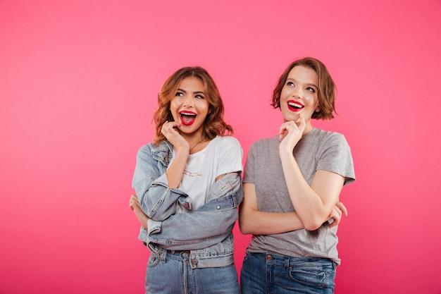 Joyeux Amis De Deux Femmes Photo gratuit