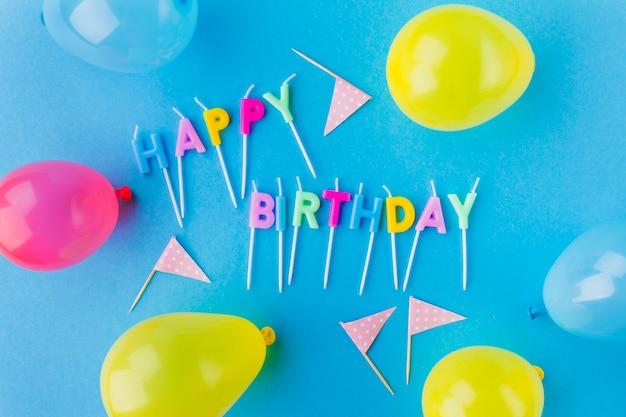 Joyeux Anniversaire, écriture Et Ballons Photo gratuit