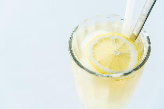 Jus de citron glacé Photo gratuit