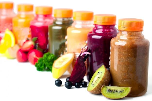 Jus de fruits frais et sains Photo Premium