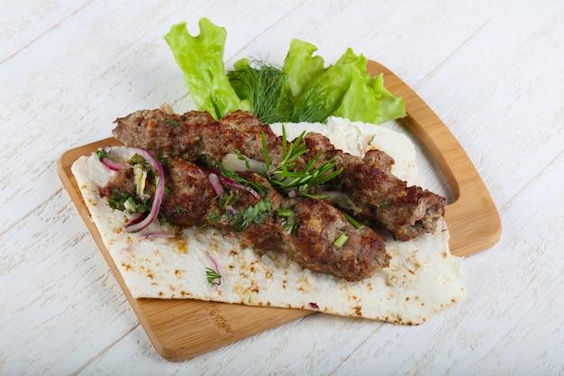 Kebab d'agneau Photo Premium
