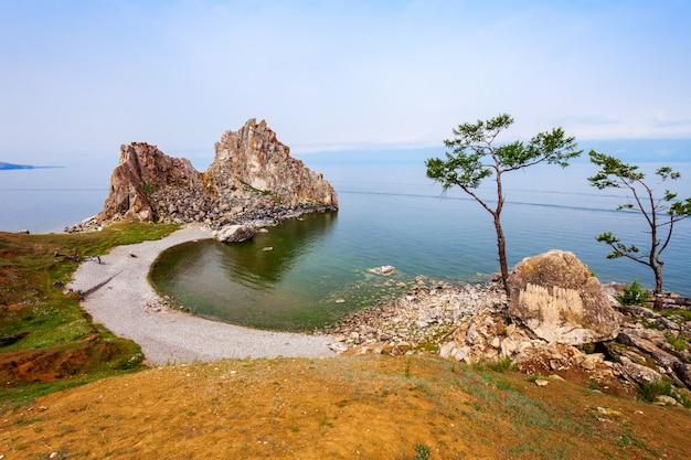 Lac baïkal en sibérie Photo Premium