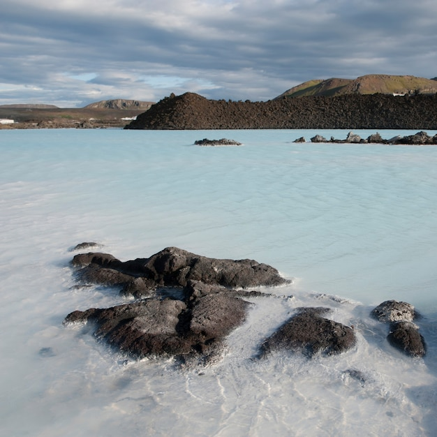 Lagon minéral géothermique Photo Premium