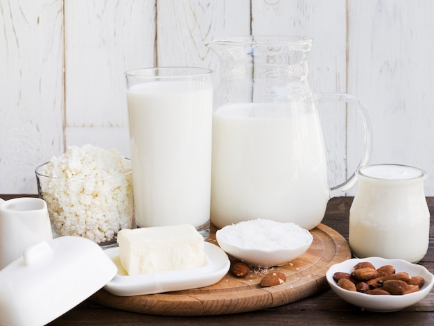 Lait, fromage cottage et produits laitiers Photo gratuit