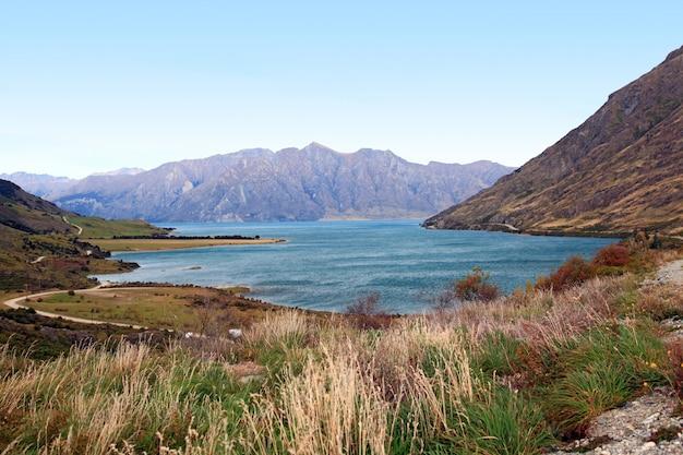 Lake hawea nouvelle zélande Photo Premium