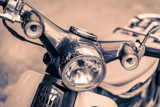 Lampe phare vintage moto Photo gratuit