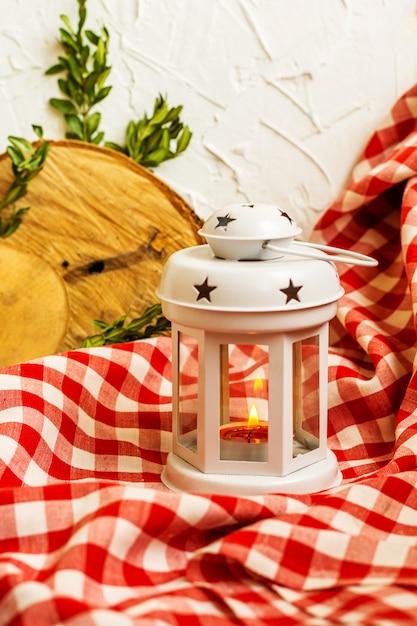 Lanterne blanche décorative de noël Photo Premium