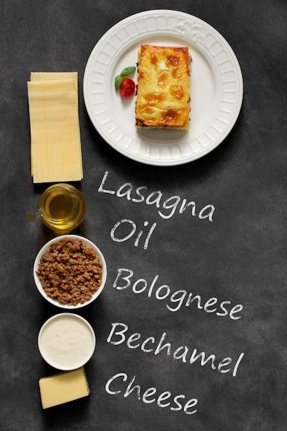 Lasagne italienne traditionnelle à base de viande de bœuf hachée Photo Premium