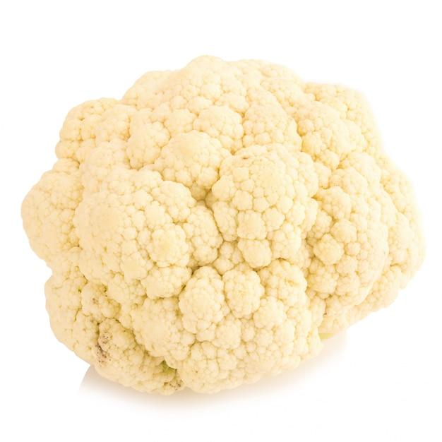 Légume de chou-fleur frais sur fond blanc Photo Premium