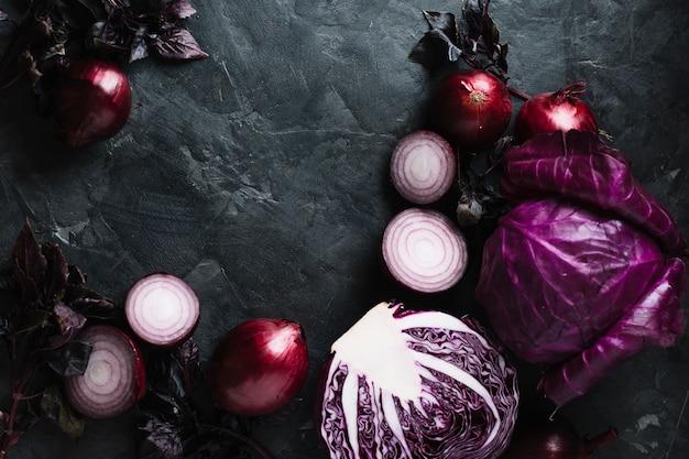 Légumes frais délicieux sur un fond d'espace de copie grunge Photo gratuit