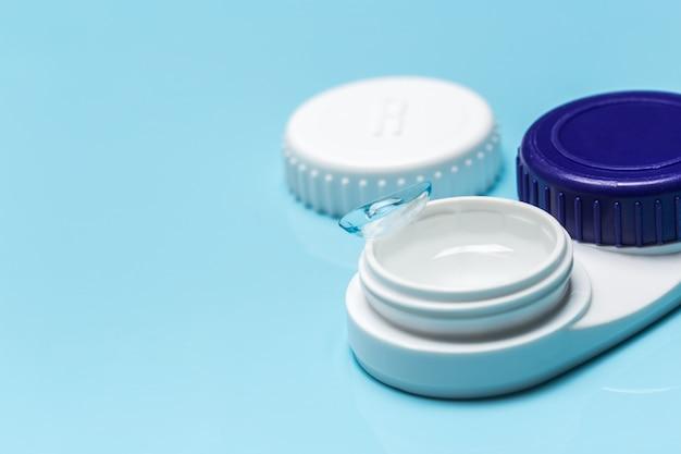 Lentilles de contact, étui à lentilles de contact, pincettes Photo Premium