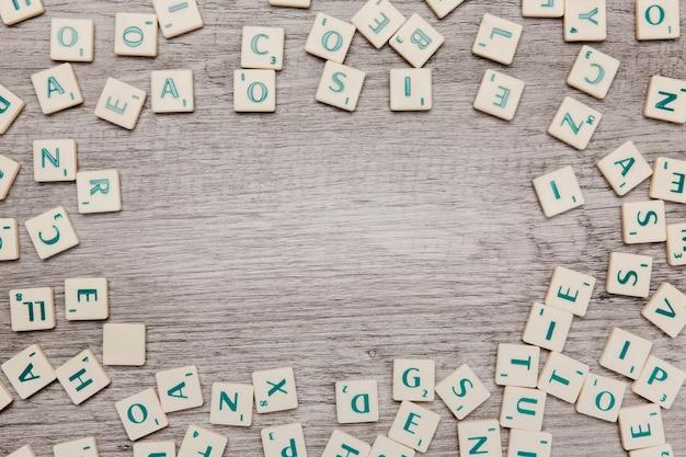 Lettres Avec Espace Au Milieu Photo gratuit