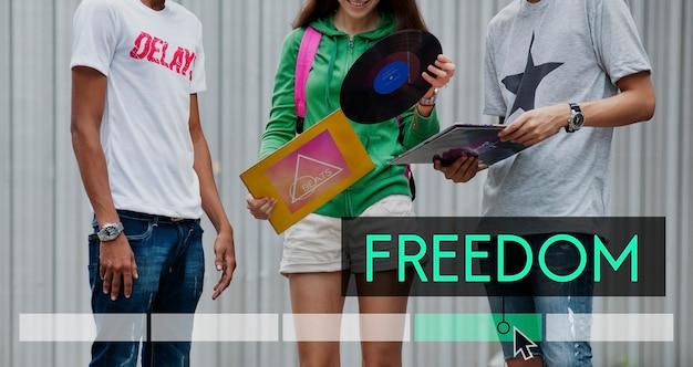 La liberté la jouissance de bonnes vibrations l'indépendance Photo gratuit