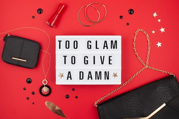 Lightbox avec la phrase too glam to fuck Photo Premium
