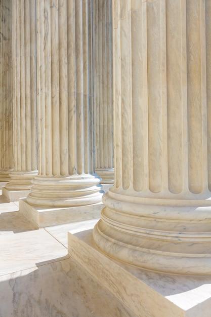 Ligne de colonnes de la cour suprême des états-unis Photo Premium
