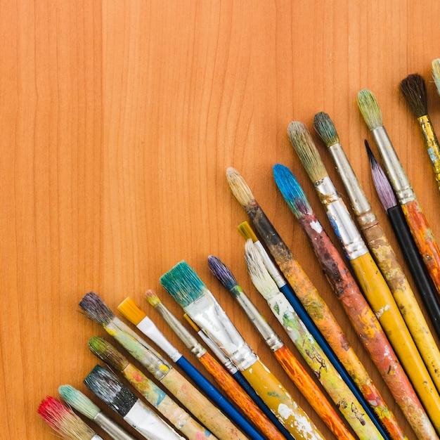 Ligne de crayon sale vue de dessus Photo gratuit