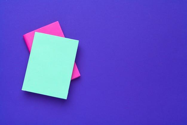 Livres Sur Le Bleu Photo Premium