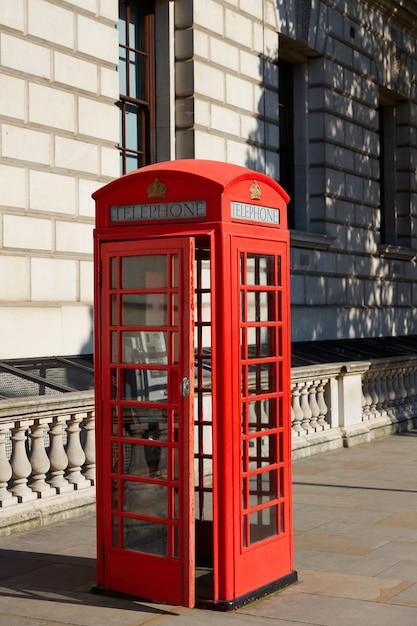 Londres vieille cabine téléphonique rouge Photo Premium