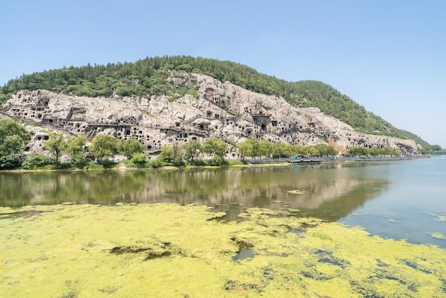 Longmen grottoes luayang chine Photo Premium