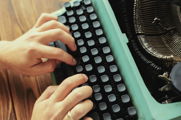 Machine à écrire Antique. Machine à écrire Vintage Photo Premium