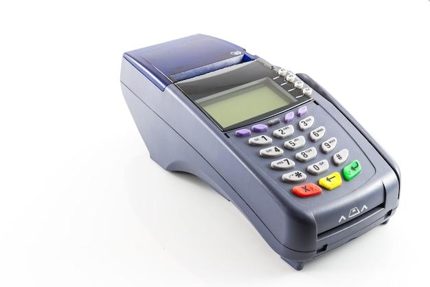 Machine de lecteur de carte de crédit sur fond blanc Photo Premium