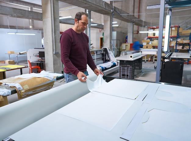 Machine de transfert de calandre pour impression de mode textile Photo Premium