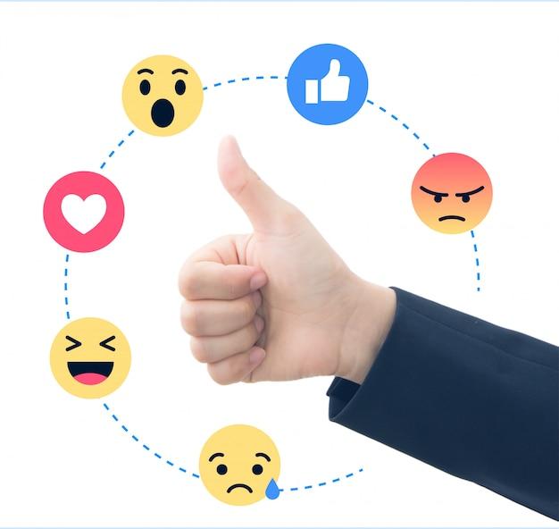 Main d'affaires avec commentaires sociaux Photo Premium