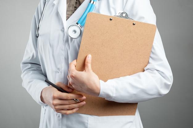 Mains de docteur Photo Premium