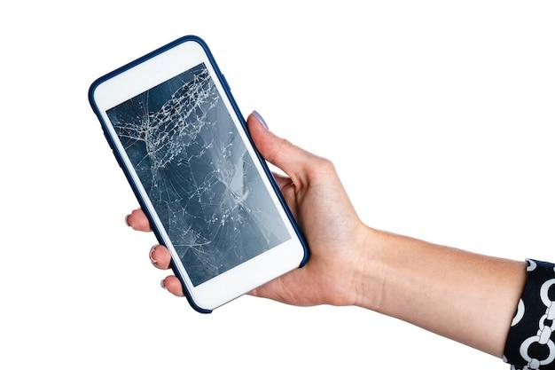 Mains De Femme Sur Smartphone Avec écran Fissuré Isolé Photo Premium