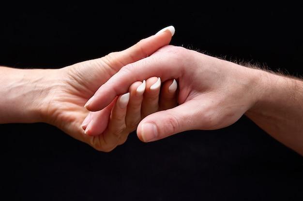 Mains mâles et femelles ensemble Photo Premium