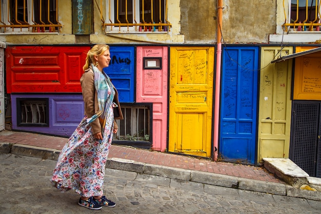 Maisons Colorées Du Quartier Balat, Istanbul, Turquie. Photo Premium