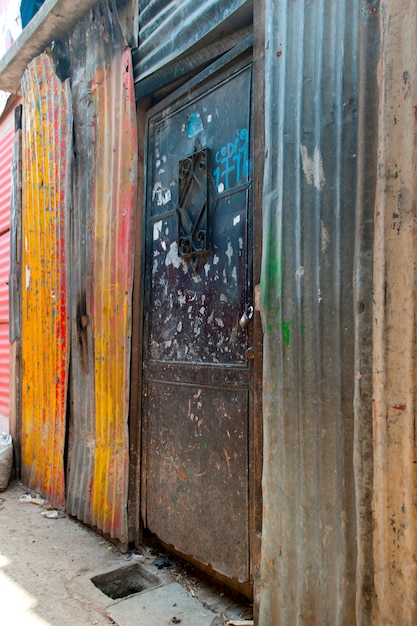 Maisons en t le ondul e dans un bidonville colonia landivar guatemala city guatemala - Maison en tole ondulee ...