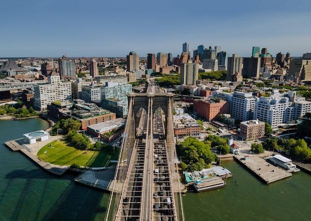 Le Majestueux Pont De Brooklyn à New York Brooklyn Downtown Skyline Side View Usa Photo Premium