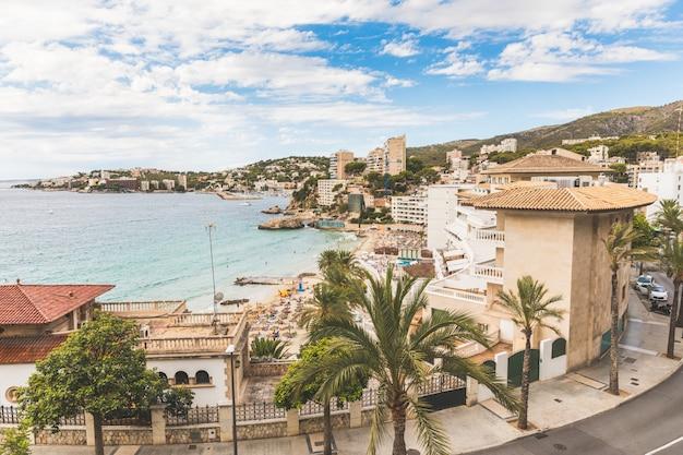 Majorque, vue sur la plage de cala mejor Photo Premium