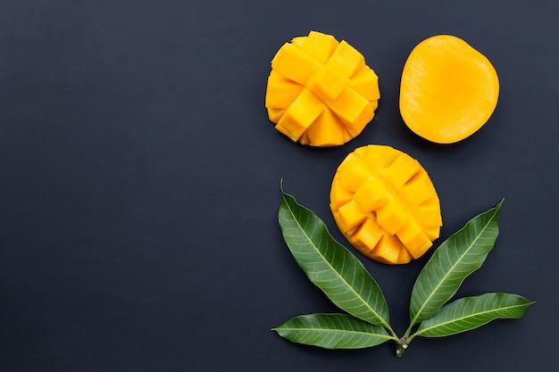 Mangue Aux Fruits Tropicaux Photo Premium