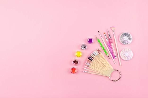 Manucure, équipement de design gel ongles Photo Premium