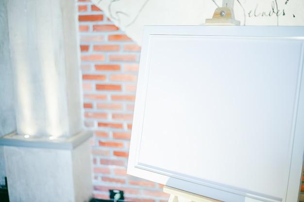 Maquette cadre en blanc Photo Premium