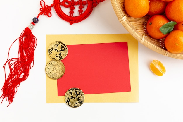 Maquette de carte du nouvel an chinois avec pendentif Photo gratuit