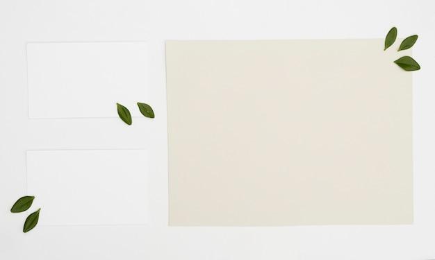 Maquette De Carte Minimaliste à Plat Photo gratuit