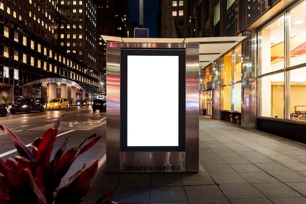 Maquette de panneau d'affichage à l'arrêt de bus Photo gratuit